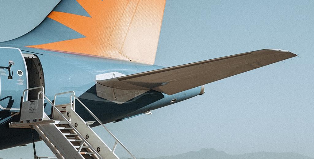 Consulting en transports aériens, marque et différenciation | Photo by Devon Divine on Unsplash
