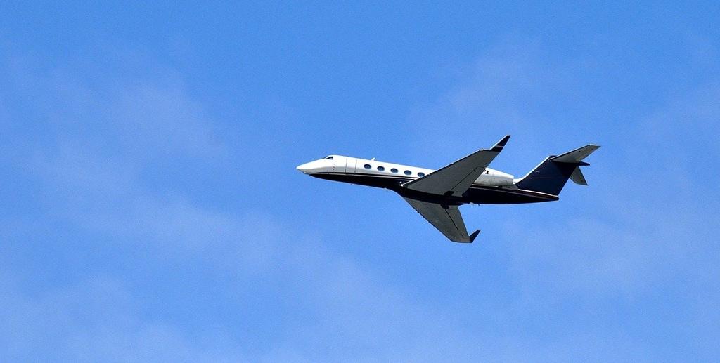 Skylark Aviation Expert vous propose une prestation et son service très haut de gamme de location de jets privés | Image par Paul Brennan de Pixabay